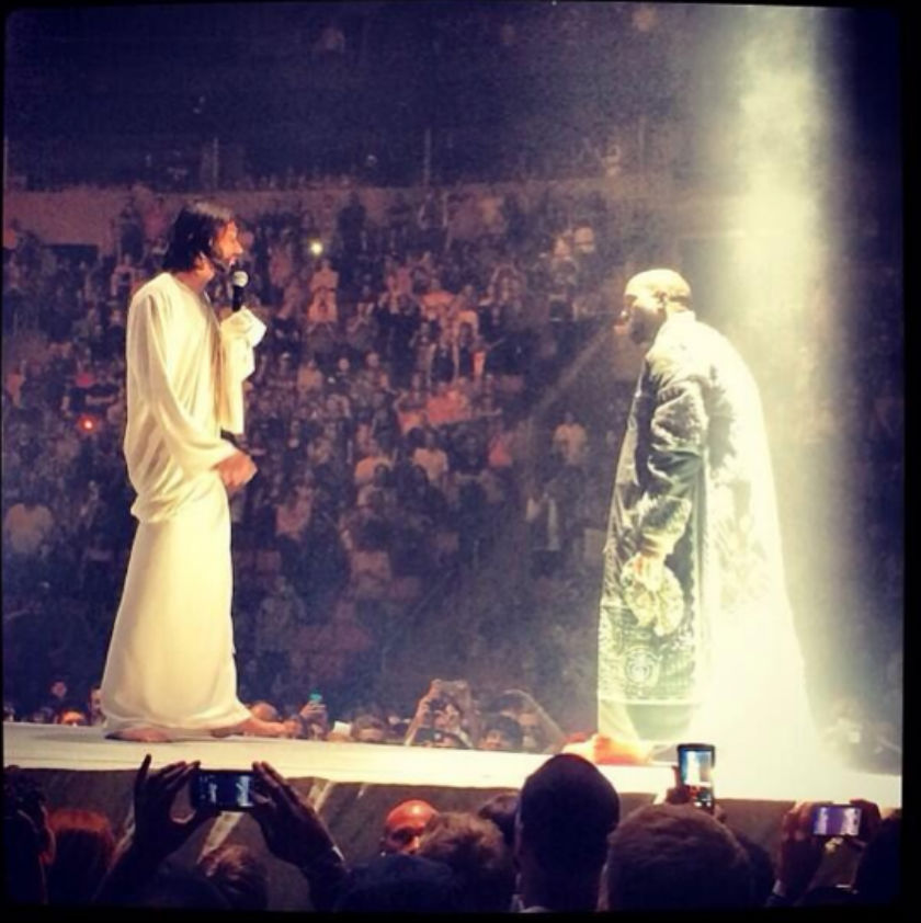 Kanye-comes-face-to-face-with-Jesus-on-Yeezus-tour