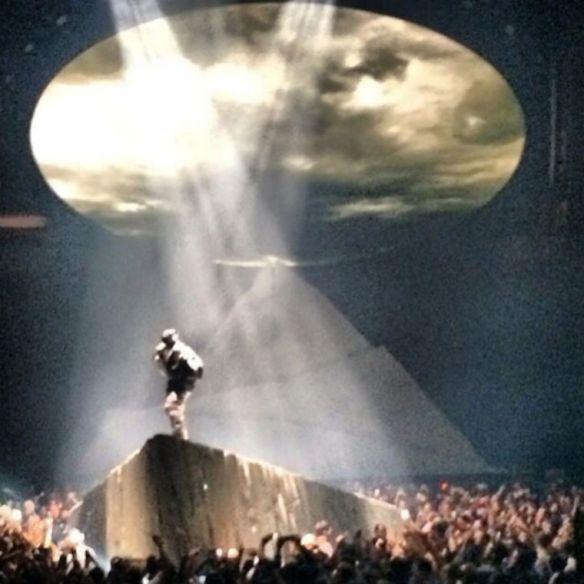 Kanye-West-Yeezus-Concert