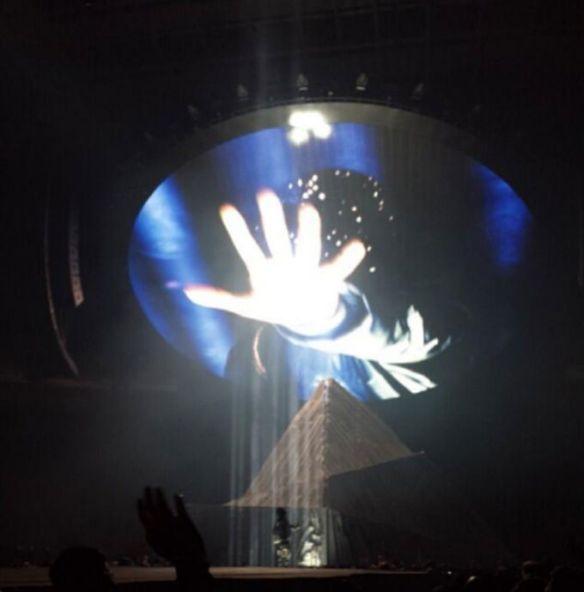Kanye-West-Yeezus-Tour-3