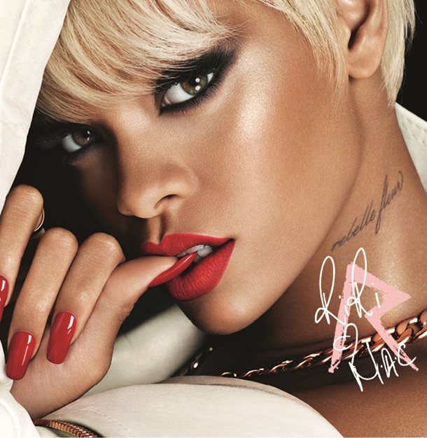 Rihanna hearts mac holiday