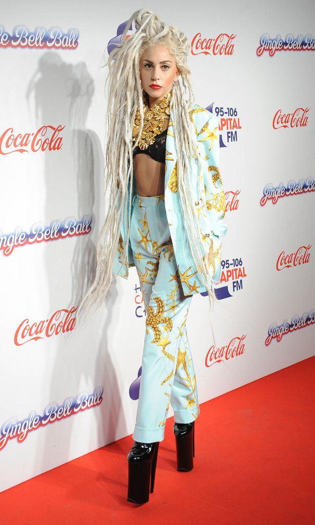 lady-gaga-capital-fm-jingle-bell-bal-day-2-versace-suit