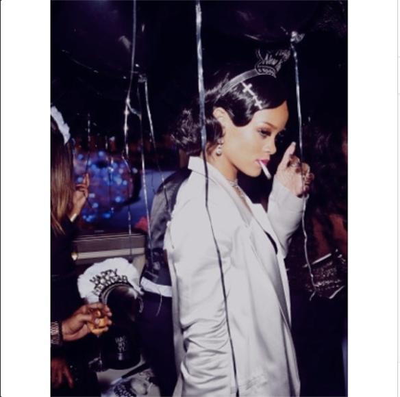 Rihanna NYE 5