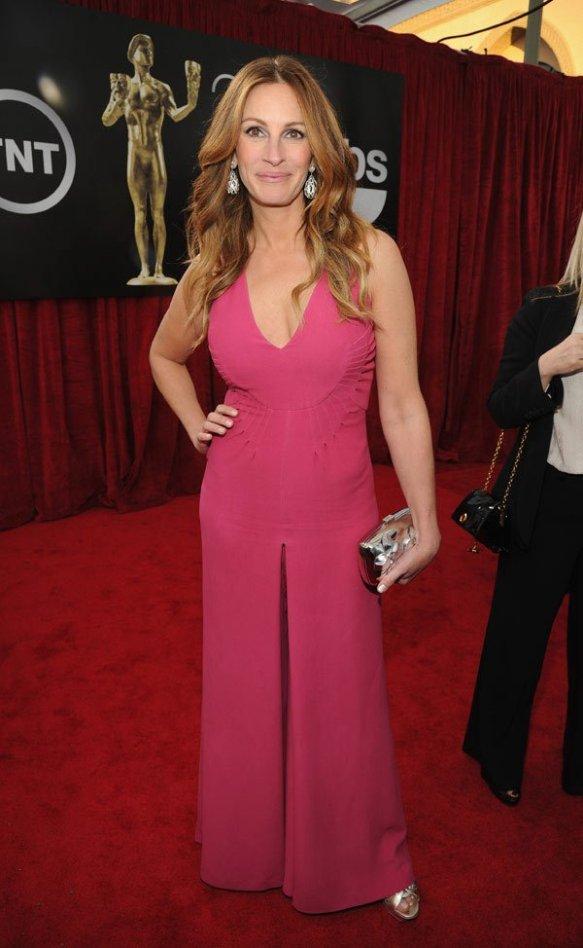 Julia-Roberts-in-Valentino-SAG-Awards-2014