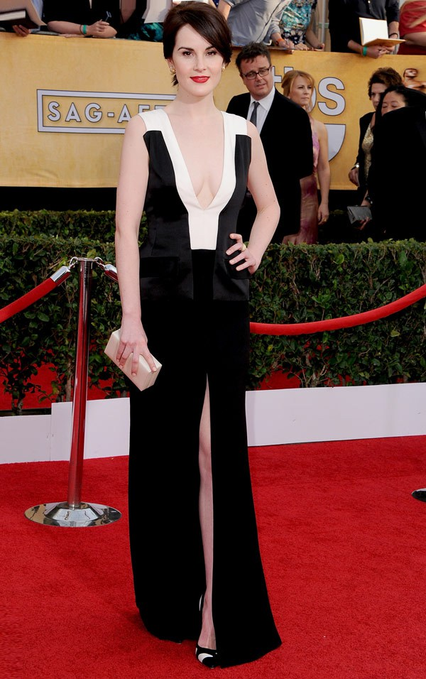 Michelle-Dockery-in-J.-Mendel-SAG-Awards-2014