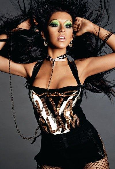 viva-glam-v-campaign-1-christina-aguilera